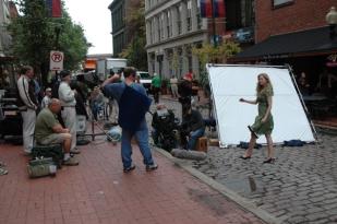 model-walking-on-cobblestone-stl-photo